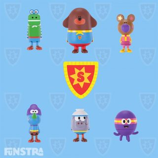 Super Duggee and the super squirrels figurine set with Roly, Tag, Betty, Happy and Norrie