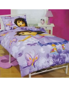 Butterflies float around the little explorer on a fairytale adventure and create a beautiful purple bedding set, perfect for little girls.