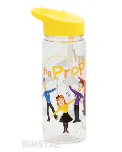 Do the propeller with Emma, Lachy, Anthony and Simon and stay hydrated with this fun water bottle.
