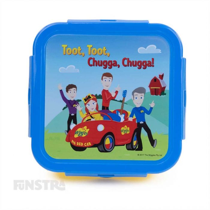 Toot toot, chugga, chugga, Big Red Car! Join Emma, Lachy, Simon and Anthony for lunch with this fun lunch box.