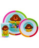 Colorful plate, bowl and cup features big dog leader, Tag, Roly, Happy, Betty, Norrie, Enid and Frog on the dish set.